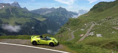 swiss-alps-supercar-driving-tour.jpg