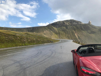 porsche-boxster-parked-on-grossglockner-