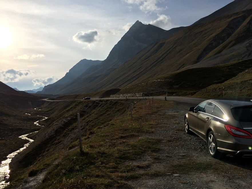 Mercedes parked on Albula Pass