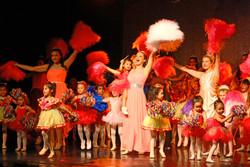 Finale Pom Pom Dance