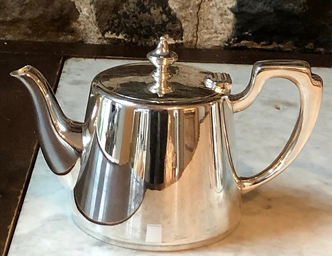 """HÔTEL Silver 4.5"""" Teapot - Squared Handle"""