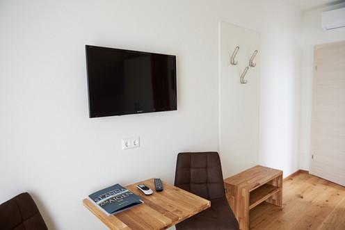 Zimmer Weinblick - Lippnsepp (10).jpeg