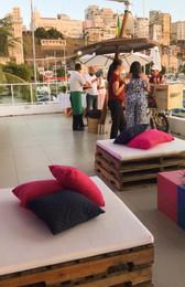 Lounge para evento da faculdade Unifacs