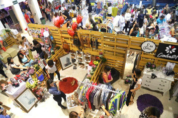 Estruturas de Pallet para Feira Pop Up Shop Salvador