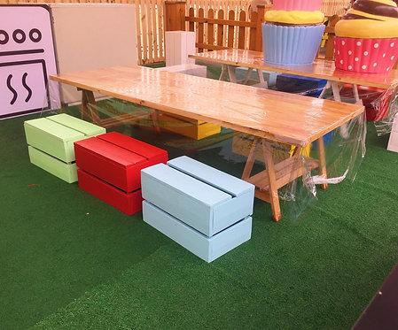 Mesa de Oficina Infantil >> cavaletes em madeira