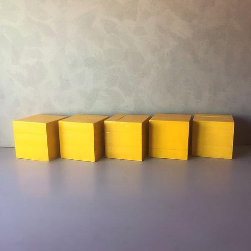 Banco Cubo Amarelo