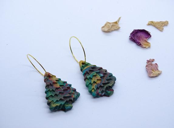 christmas-tree-earrings-colorful-and-original
