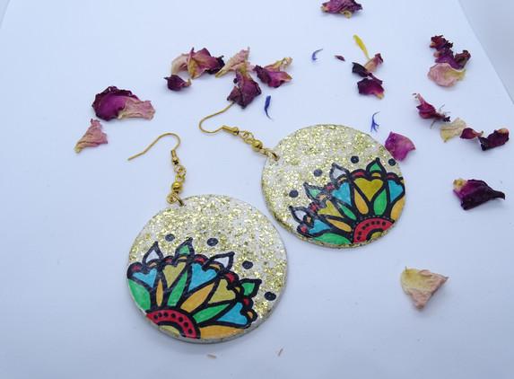 hand-painted-boho-style-earrings