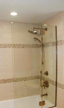 upscale spa bathtub