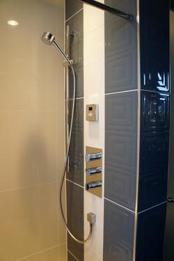 mulitple shower heads