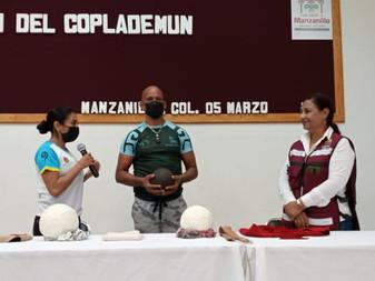Dona Asociación de Pelota Mesoamericana, dos pelotas para el juego ancestral Ulama