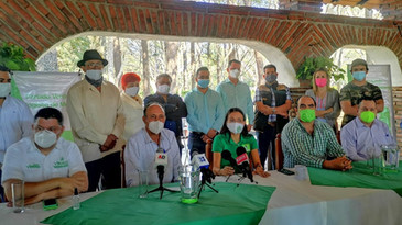 Líder de Cañeros de la CNC de Suchitlán, Gustavo Avalos se suma al PVEM