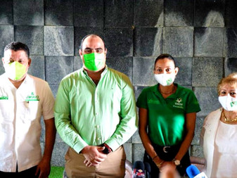 Renuncia Agustín Morales al PRI, se va al PVEM con Virgilio Mendoza
