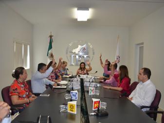 IEE Colima entrega constancias a diputados locales plurinominales al  PAN y PRI