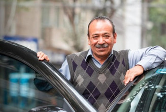 Uber lanza dos programas destinados al desarrollo profesional de socios conductores y repartidores