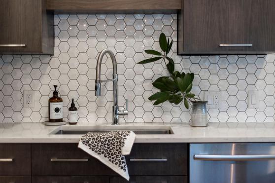 HILL HOUSE KITCHEN RENOVATION / Sink Detail