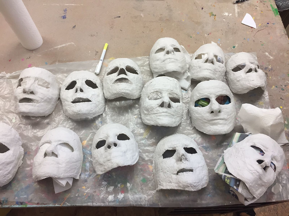 andrea roelli masken.JPG