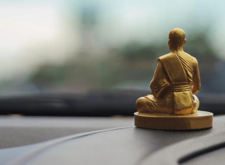 วัฒนธรรมแบบไทยๆ คนไทยกับการบูชาสิ่งศักดิ์สิทธิ์บนรถยนต์
