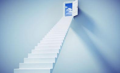 Escalier sur ciel.jpg
