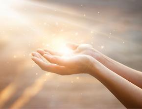 Comment se déroule le soin énergétique à distance Elisa Erin Elisa Therapie Coaching Hypnothérapeute & énergéticienne soin énergétique à distance soins énergétiques