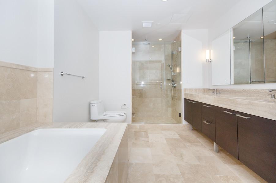 1masterbathroom1.jpg