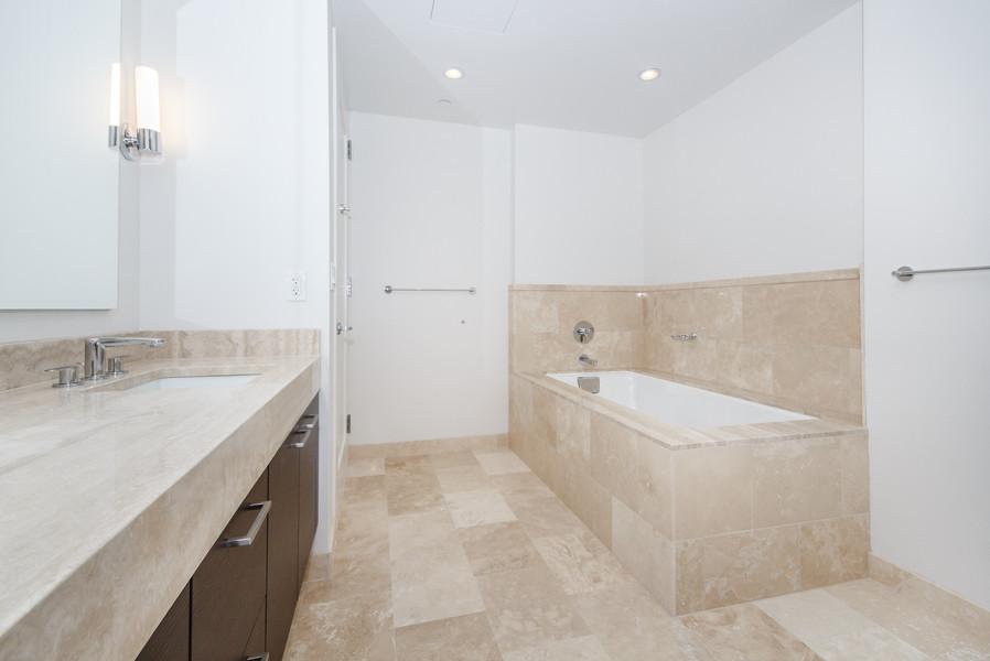 1masterbathroom2.jpg