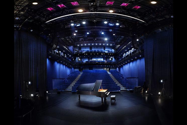 piano-yamaha-a-la-scala-paris-1-tt-width