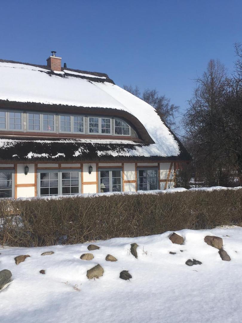 Außenfassade im Winter