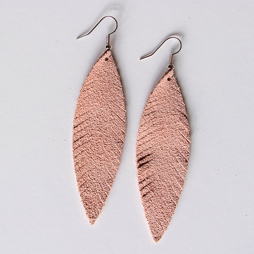 Delicate Dusty Pink Feather Wholesale