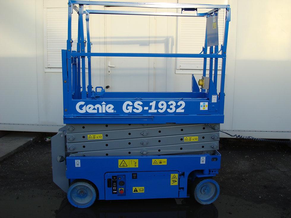GS1932-1.jpg
