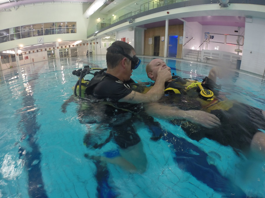 Pool training Simon and Matt.JPG