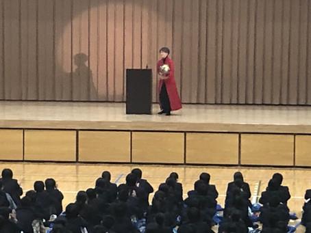 ER《人権・ハンセン病》第1・2学年合同 沢知恵さん講演会