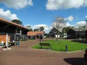 Bezoek ontmoetingscentrum De Hulst. Warm Thuis.