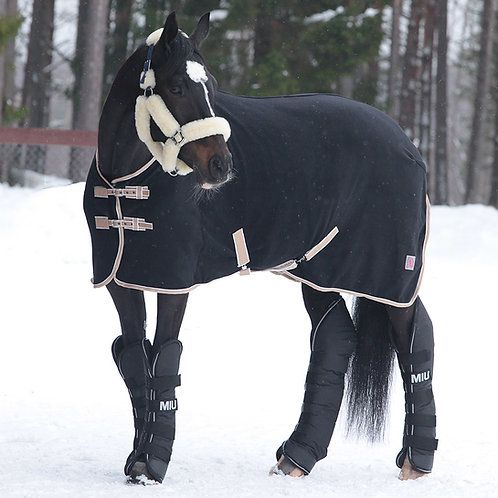 Попона флисовая HORSE ONE Basic Home. Розовая с ремнями