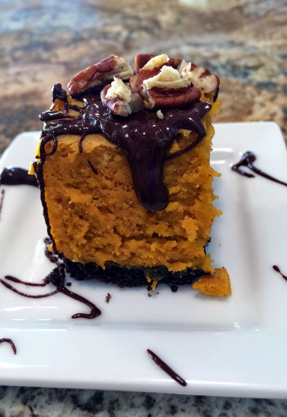 Peanut Butter Pumpkin Cheesecake Bars