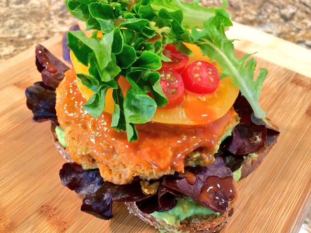 Nom News - Buffalo Chicken Quinoa Burger on Avocado Toast