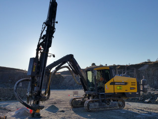 Atlas Copco SmartROC T40.   January 2015     Drilltek purchased the first T40 drill rig on Australia