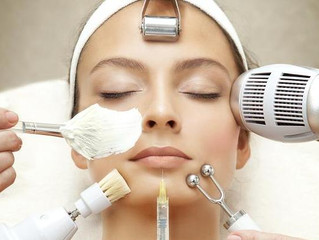WHAT AN ESTHETICIAN CAN DO FOR YOU