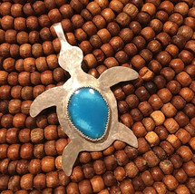 Sterling silver sea turtle with blue sea shell