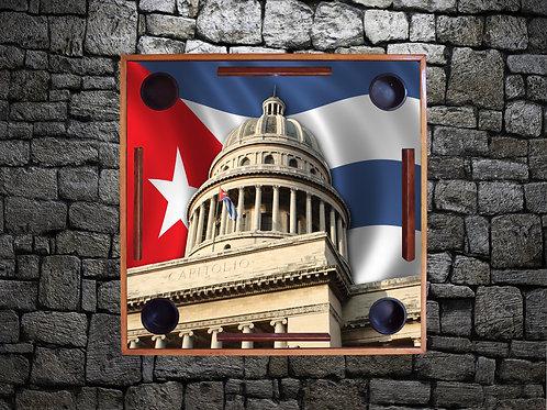 Bandera de Cuba-El Capitolio