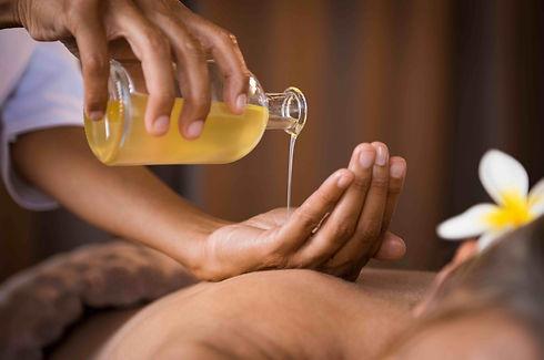 Massagepraxis_Kamala_Ku-Nye.jpeg