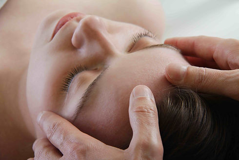 Massagepraxis_Kamala_tibetische_energeti