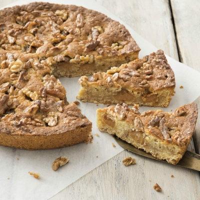 Gâteau aux noix avec crème de noix
