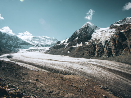 Glacier de Corbassière : des airs de tour du monde !