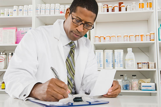 pharmacist, crawford drug, pharmacy, dorchester, medication, precriptions, pharmacist
