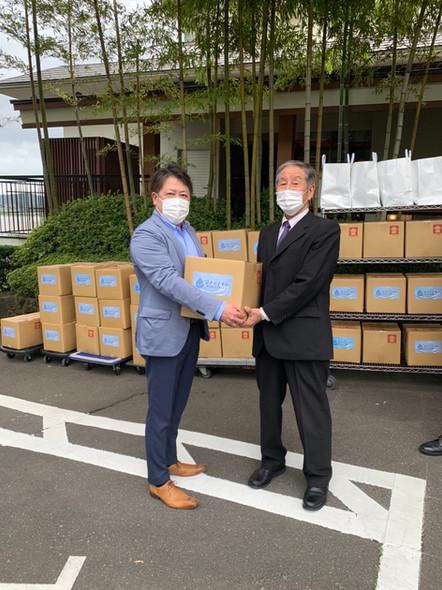 松島旅館組合へ、ジアデナイトを寄贈しました。