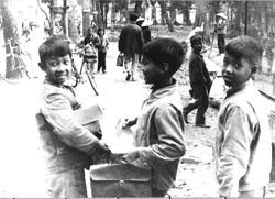 HA NOI 1973 SCUOLA