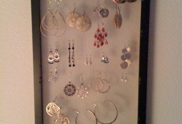 She's Crafty: Earring Holder