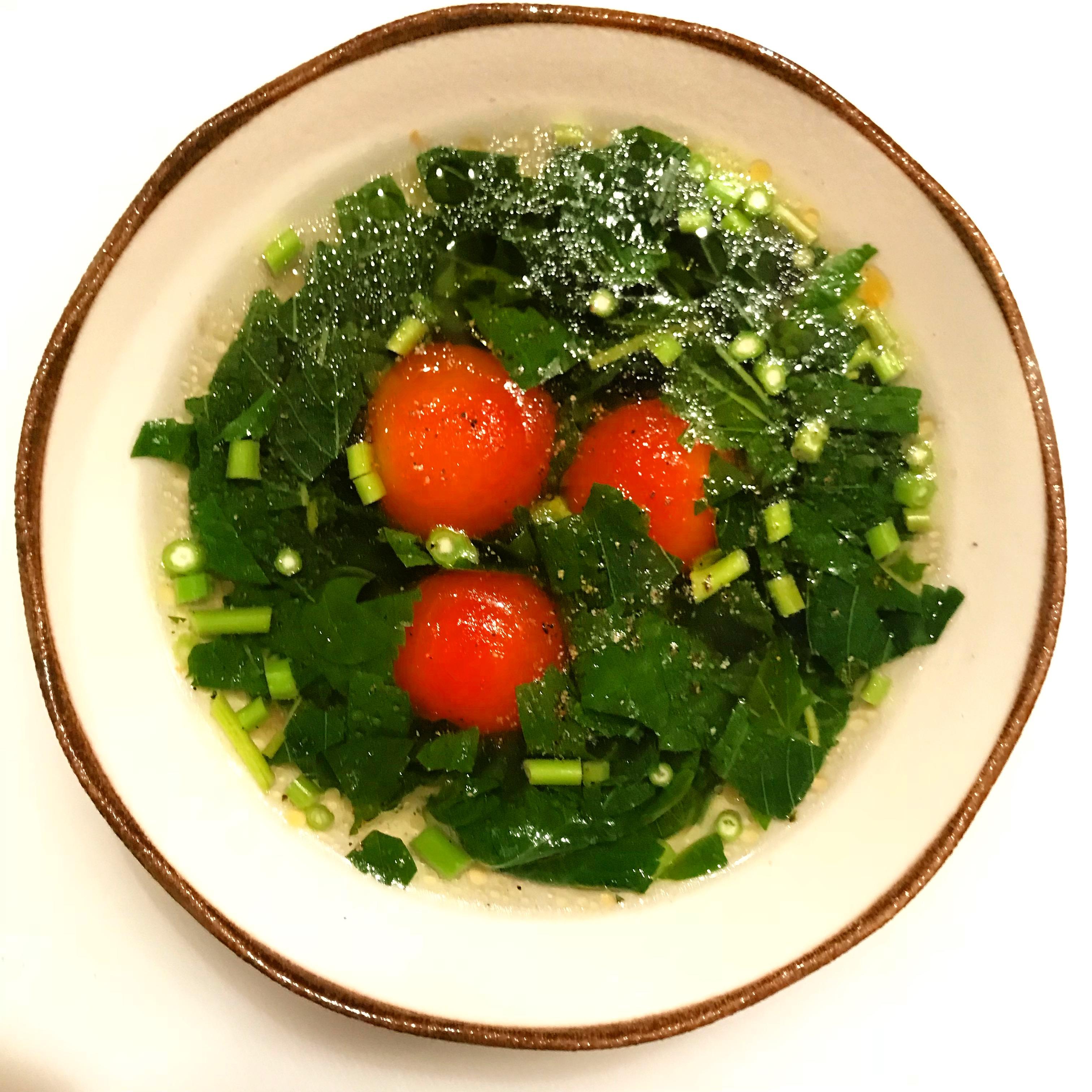 ミニトマトとモロヘイヤの酸辣湯