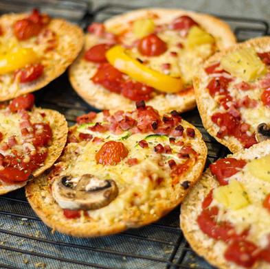 Koken met kinderen: Mini Pizza's